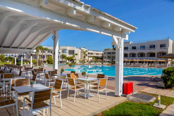 Thetis Pool Bar at Leonardo Kolymbia Resort - Rhodes